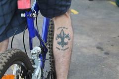 Fortis est ut mors dilectio (ndaporta) Tags: bike bicycle tattoo leg bikes fleurdelis bicicletas tatuaje bicis bikeculture