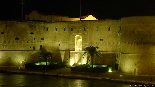 sea night mare castello puglia notte taranto aragonese (Photo: MarcelloDR on Flickr)