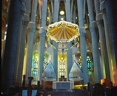 Barcelona Sagrada Familia (loklokloklok) Tags: barcelona familia kodak 400 portra sagrada plaubel makina67