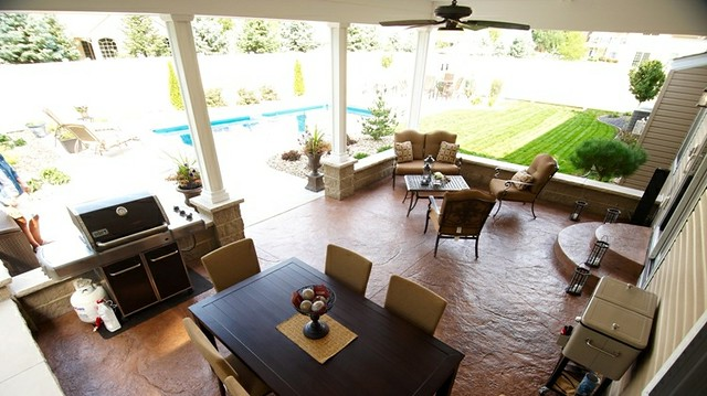 Montgomery Legacy Covered Patio