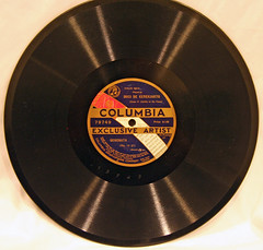 Columbia Exclusive Artist - 79749 (2) (Klieg) Tags: artist columbia brunswick victor 03 collection record victrola exclusive klieg 78s klieger