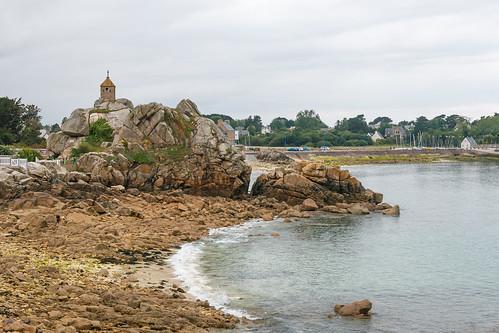 Le rocher de la Sentinelle à Penvénan