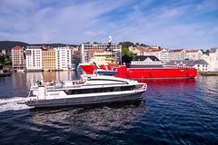 20150728 - 4B's in Bergen - 070232 (andyshotts) Tags: norway speed bs no bergen fo hordaland balmoral imo braemar eldborg supplyship olsen4 bergenblack watchboudicca 9451422froyahigh vesselimo 9616826fred