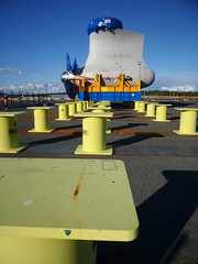 Port of Helsinki | Vuosaari Harbour (Toni Kaarttinen) Tags: portofhelsinki vuosaari vuosaarensatama harbor harbour instagram instawalk finlndia finnland finnlando finlandia finlande finnorszg  finlndia finlanda  suomi finland scandinavia industrial architecture ship propeller