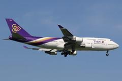 HS-TGX Thai Airways Boeing 747-400 at Bangkok on 13 June 2016 (Zone 49 Photography) Tags: bangkok suvarnabhumi bkk ammata lanta resort hstgx thai airways boeing 747400 747 400