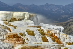 Mammoth Hot Springs, Yellowstone NP (swissukue) Tags: yellowstone mammoth hotsprings water sony a7 ilce7 landscape wow greatphotographers mammothhotsprings cffaa iwanttobetherenow greatestphotographers