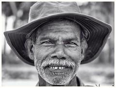 Uppuveli Fisherman (oiZox) Tags: fisherman zox orlandoimperatore nikon portrait blackwhite monocromatico mono monochrome candid d750 streetart streetphotagraphy srilanka uppuveli travelling trincomalee asia