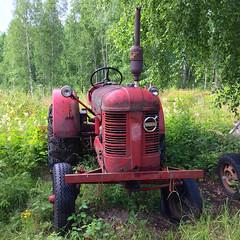 Volvo Tractor (hansn (2+ Million Views)) Tags: bildstrom tractor traktor vehicle fordon red rd volvo vrmland sweden sverige squarish square
