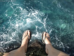 Sitting on the edge of the diving platform (niscratz) Tags: 2016 mahanapoint nusaceningan bali indonesia