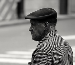 Elder (raaheemmcclam) Tags: elder man bnw human person portrait streetportrait candidshot streetphotography streetphotographer philadelphia blackandwhitephotography