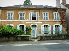 P1060634 (72grande) Tags: loiret chtillonsurloire gendarmerie d951