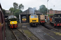 """D213 """"ANDANIA"""", D832 """"ONSLAUGHT"""" and D7076 at Bury (colin9007) Tags: east lancashire railway diesel gala english electric class 40 type 4 wr hydraulic maybach br swindon warship 42 d832 onslaught beyer peacock 35 hymek d7076 40013 d213 andania"""