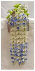 Wisteria (fuji) - May (EruwaedhielElleth) Tags: flowers hair japanese clips pins maiko fabric ornaments hana geisha accessories folded tsumami hairpins kanzashi imlothmelui