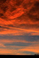 Lines in the sky (Simos1968) Tags: sky colors canon simos1968