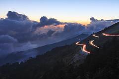 (samyaoo) Tags: park longexposure light sunset sea sky moon mist tree car fog clouds star nationalpark taiwan trails  galaxy national    milkyway  seaofclouds tarokonationalpark nantou          hehuanshan                hehuanmountains