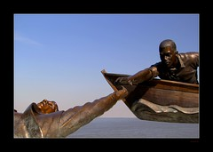 Tom Lee (Seeing Things My Way...) Tags: sculpture usa statue memphis tennessee mississippiriver tomleepark tomlee