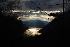 Il Sole nel Lago (Wrinzo) Tags: sunset lake lago tramonto lagodilugano luganolake valsolda desio lentiero4valli