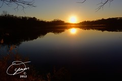 oyaMAM_20121117-171723s5 - Sun Catches the Horizon (MichaelAPMayo) Tags: nature photography riverhead oyamam oyamaleahcim