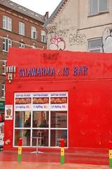 Shawarma & Is (digitalis) Tags: red copenhagen nørrebro danmark københavn shawarma