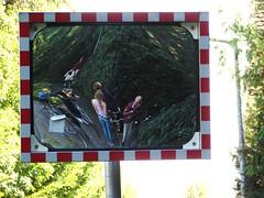 Kurze Rast vorm Spiegel (Swassermatrose) Tags: self germany bayern bavaria mirror spiegel familie lindau cycle bodensee 2012 cycletour