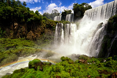 Great falls in Iguazu (Yohsuke_NIKON_Japan) Tags: southamerica nature argentina rainbow nikon wide sigma waterfalls iguazu 10mm  colorefex   d3100