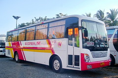 Very Own Universe (markstopover 3) Tags: bus classic j spider dolphin space n s x line r e transit daewoo l series p express kit trans universe hyundai luxury noble cmc liner fdic jac trasport xpress rebody