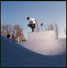 Andrew Connell- B/S Boneless to the bank below (Austin Shafkowitz) Tags: 120 film zeiss mediumformat t skateboarding kodak c cement hasselblad skatepark skate bethpage skateboarder strobe ektar c41 sunpak flashpoint 120j