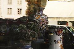 Gien (Natali Antonovich) Tags: sweetbrussels brussels gien giendinnerware dinnerware tradition lifestyle reflection sablon dezavel ornament stylization tracery vase style belgium belgique belgie vigorousitems parallels