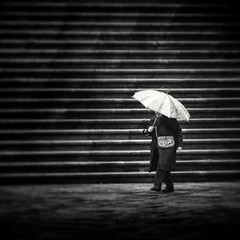 Llueve (Juan Figueirido) Tags: santiagodecompostela santiago quintana prazadaquintana llueve raining chove galicia spain espaa