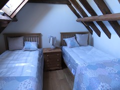 3421 Holiday let (Andy panomaniacanonymous) Tags: 20160815 bbb bedroom beds ccc checksfield hhh holidaycottage holidaylet kent lll room rrr selfcatering sss