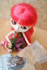 333/366 sewing supplies (omgdolls) Tags: blythedoll blythe blythe365 adelaideskye dollypunk21 pureneemobody pink