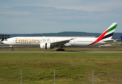 A6-ECL (Skidmarks_1) Tags: boeing777 emirates a6ecl aviation aircraft airport airliners engm norway osl oslogardermoenairport