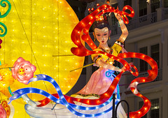Chinatown Mid-Autumn Festival Celebrations 2016 Lightup (gintks) Tags: gintaygintks gintks singapore singaporetourismboard chinatown chinatownlightup chinatownpoint eutongsenstreet peoplepark peopleparkcomplex peopleparkcentre lanterns lanternfestival giantlanterns colourful