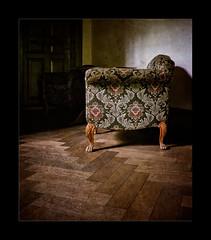 The Old Chair (Lion King) - Villa Claudia (macplatti) Tags: old vintage on10 chair vestibule oldhouse lostplace feldkirch vorarlberg austria aut