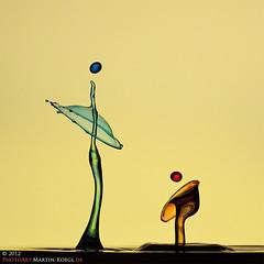 Father and Son (Martin Koegl / www.waterdrop-photography.com) Tags: sculpture macro water eos droplets drops agua waterdrop eau wasser skulptur drop gotas f
