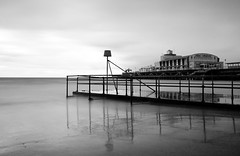 IMG_6349ed (- Ed Hollis -) Tags: sea bw cloud white black blur canon long exposure 10 filter nd bournemouth density neutral 400d