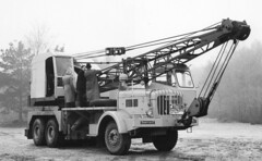 Thornycroft + RB (Jibup) Tags: road test mobile truck army big lift crane military duty transport bigben boom testing cranes lorry prototype vehicle production chassis heavy load jib tough development rb carrier carry strut rugged lifting bagshot capacity haulage approve convey inspect thornycroft fvrde