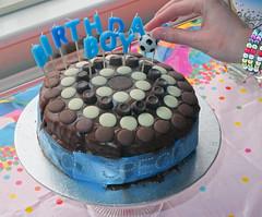 Samuel's Birthday Cake, 10 Nov 2012 (Ian D Nolan) Tags: birthday cake treat decorate yp