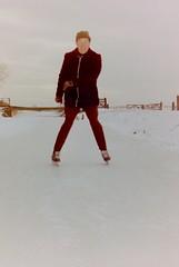 winter in den bommel (bertknot) Tags: winter 3 den bert van claus musketeers houten sjaak 3musketeers musketiers dewinter winterinholland driemusketiers winterinthenetherlands 3musketiers bertknottenbeld sjaakvandenhouten knottenbeld bertknottenbeldsjaakvandenhoutentanyavandenhoutenclaustekenbroekdenbommelwinterinholland claustekenbroek hollandsewinter tekenbroek winterinnederlanddutchwinter