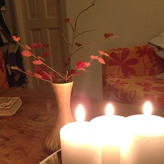 16/11.2012 - hyggeligt. fredag. (julochka) Tags: ikea leaves square candles squareformat cornerofmyhome iphoneography instagramapp uploaded:by=instagram postcardtoblogcamp latergram 366the2012edition