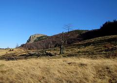 a Kakastaréj / Creasta Cocoşului (debreczeniemoke) Tags: autumn mountains landscape land piton hegy transylvania transilvania táj tájkép gutin erdély ősz kakastaréj canonpowershotsx20is sziklabérc creastacocoşului