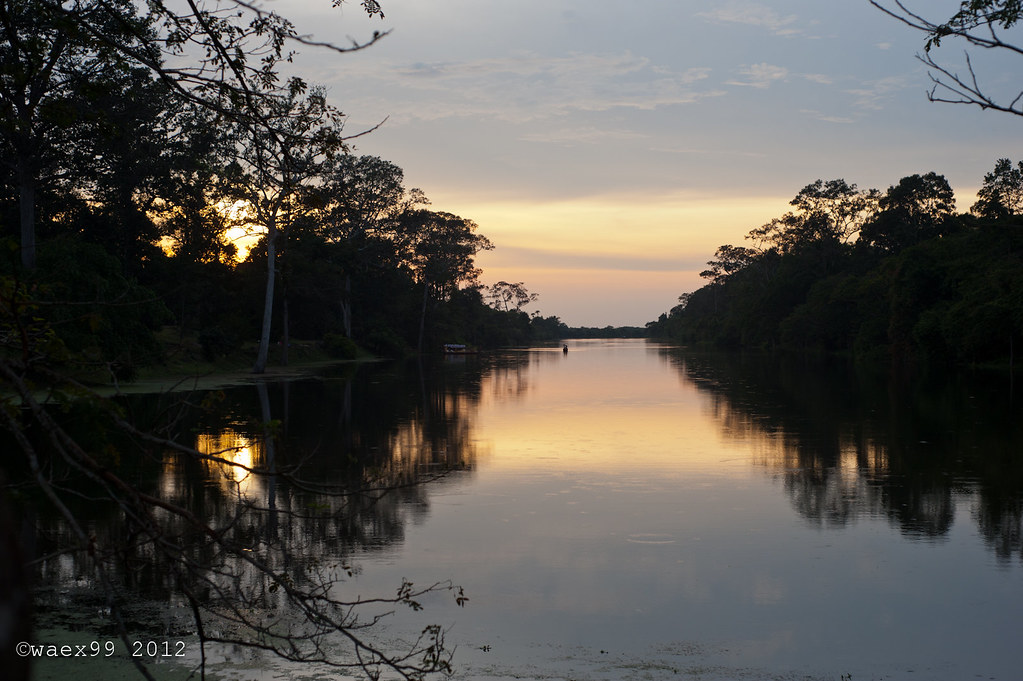 Sunset from the Bayon bridge - Siem Reap - Cambodia