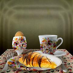caf tropical (jaci XIII) Tags: food coffee caf bread table alimento meal croissant po mesa cutlery crockery loua talheres refeio