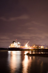 Jour 325 (Sebastien Morin) Tags: sky water night clouds port project eau long exposure purple montral qubec mauve 365 stlaurent nuage bateau reflexion nuit fleuve projet