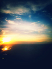 Down with the sun (Sky Noir) Tags: camera sunset portrait sky usa mobile clouds river james virginia moody phone horizon unitedstatesofamerica dream samsung richmond va nexus rva snapseed