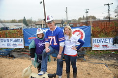 NFL Buffalo Bills star Sam Young at a KaBOOM! build in Lackawanna, NY (kaboomplay) Tags: mobile buffalobills nfl kaboom celebrities samyoung