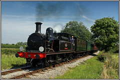 IVATTained a shot of Calbourne here before...... (Jason 87030) Tags: o2 24 calbourne iow isleofwightsteamrailway whitefiledcrossing island uk holiday august 2016 steam kettle engine loco locomotive southern br britishrailways smoke preserved