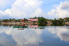 Petit matin (anna.rln) Tags: landscape paysage asia asie cambodge cambodia kampot reflection water cloud sky