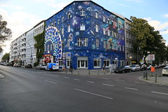 Urban Nation (Pascal Volk) Tags: berlin schneberg berlintempelhofschneberg blowstrase zietenstrase graffiti streetart urban art canoneos6d canonef24105mmf4lisusm 24mm architecture architektur bauwerk building gebude komplex buildingcomplex gebudekomplex baukomplex apartmenttower residentialtower wohnhaus