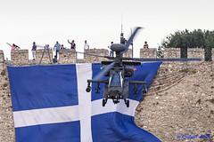 REDP4424 (Redpit) Tags: kass2016 kavalaairseashow demo airshow helicopter ah64 apache aerobatics pentax k1 dfa150450 flag greece castle